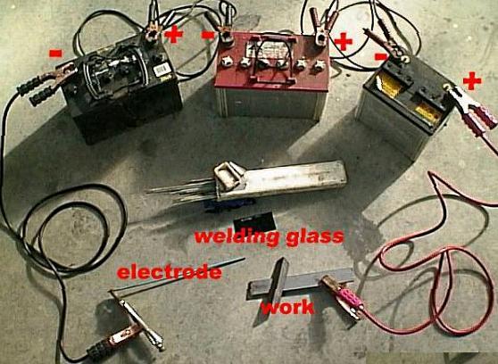 Самодельный сварочный аппарат из автомобильных аккумуляторов